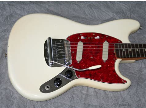 fender mustang 1966 white guitar for sale garys classic