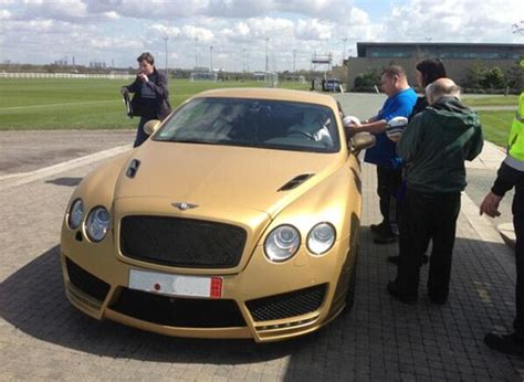 matte gold bentley kevin mirallas wraps gold matt vinyl on bentley