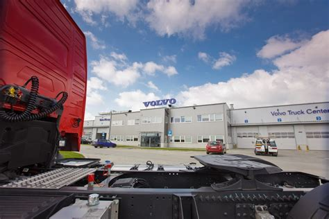 volvo truck service center volvo trucks center inaugurated in poland autoevolution