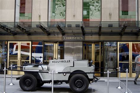 auction house nyc new york city s best auction houses and vip movers