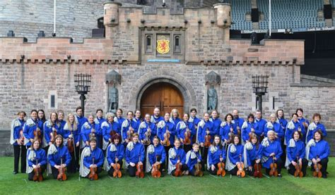 hjaltibonhoga fiddlers set for trip down under shetland news fiddlers play to big audiences and enjoy life down under