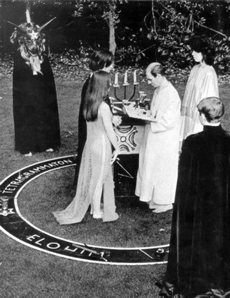 tetragrammaton mistic and witches en 2019 boda wicca wicca y boda pagana
