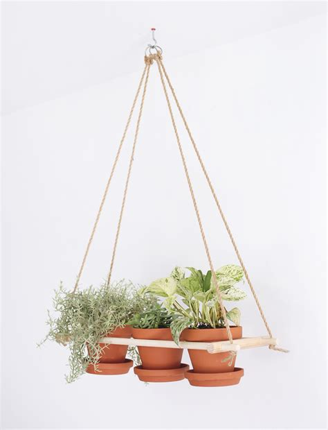 Hanging Planter by Diy Hanging Planter 187 The Merrythought