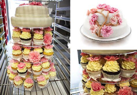 etagere cupcakes hochzeit mundus bar f 252 r ihre hochzeit mundus