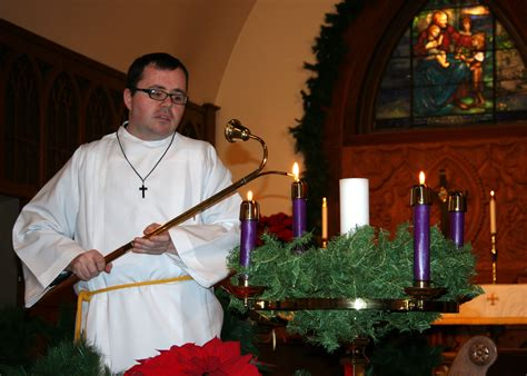 file acolyte lighting advent candles 2011