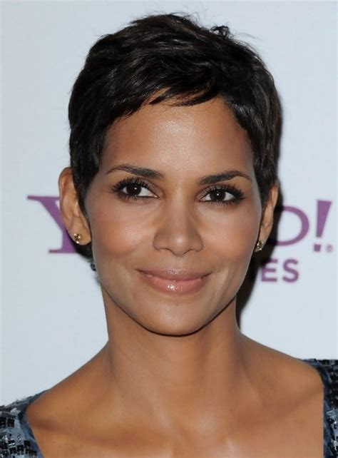 Halle Berry Hairstyles by Halle Berry Pixie Hairstyle Hairstyles Weekly