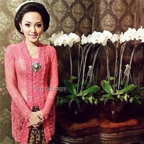 Batik Keluarga Kahyang Ayu Sarimbit Seragam Pesta Muslim vera anggraini vera kebaya indonesia style kebaya and indonesia