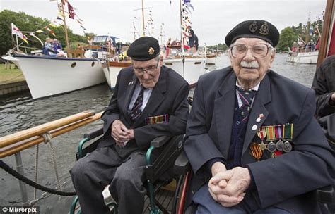 dunkirk dares to celebrate a british triumph daily mail dunkirk veterans reunited with the ships that saved them