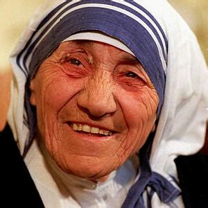 simple biography of mother teresa loaded with love kellitrujillo com