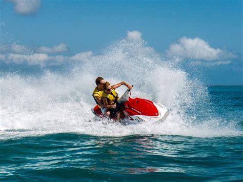 banana boat hervey bay food fun and adventure at aquavue cafe and watersports