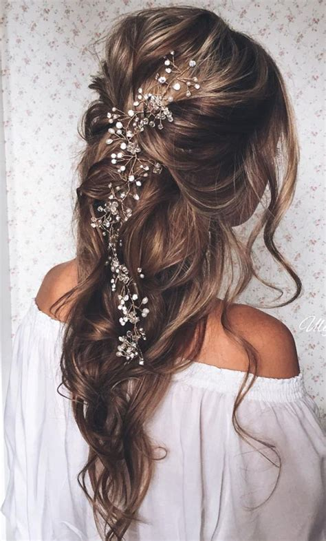 Wedding Hairstyles Pulled Back by Pulled Back Waves Wedding Hairstyles With Bridal