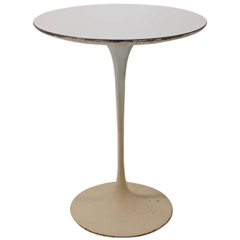 Early Eero Saarinen For Knoll Oval Tulip Side Early Tulip Side Table By Eero Saarinen For Knoll For Sale