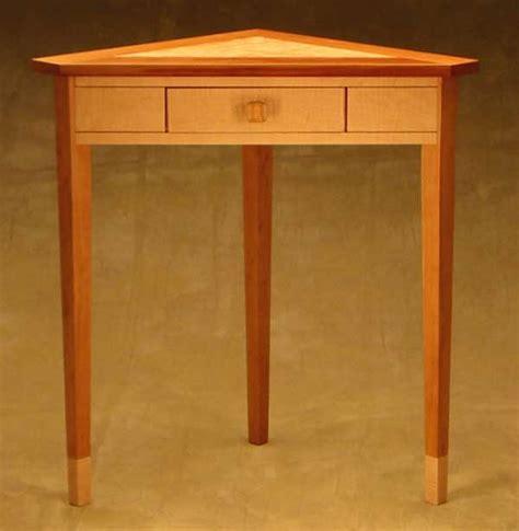 pivot hinge  table woodworking blog