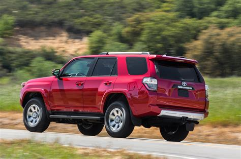 2014 Toyota 4runner Trail 2014 Toyota 4runner Trail Rear View In Motion 02 Photo