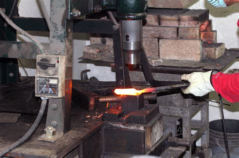the master bladesmith advanced studies in steel books 301 forge welding forging and completion of a kurouchi
