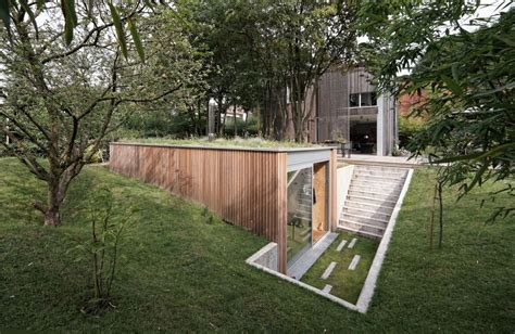 sq ft modern backyard office  green roof