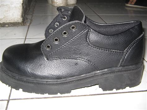 Sepatu Safety sepatu safety murah bandung grosir sepatu safety