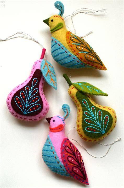 Handmade Ornaments For - benzie a fanfare of felt guest curator mmmcrafts