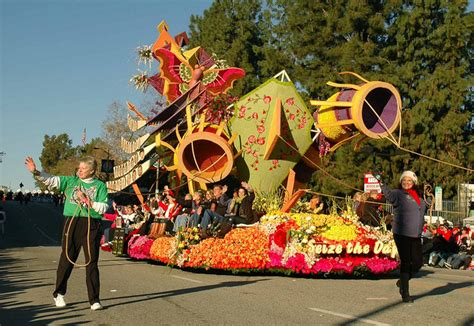theme of rose parade 2013 donate life float rose parade 187 experience the history