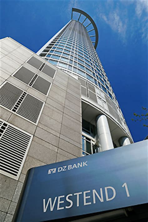 bank of japan frankfurt japan photo westend tower westend 1 kohn pederson fox