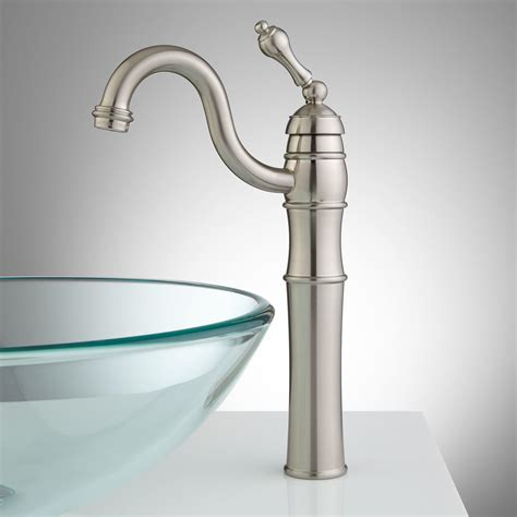 rotunda spout single vessel faucet with pop