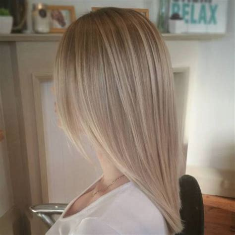 layered medium long length ash brownblonde balayage ombre escaille 40 beautiful blonde balayage looks