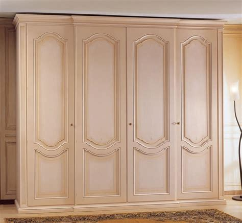 wooden wardrobe decorated with 4 doors for bedroom
