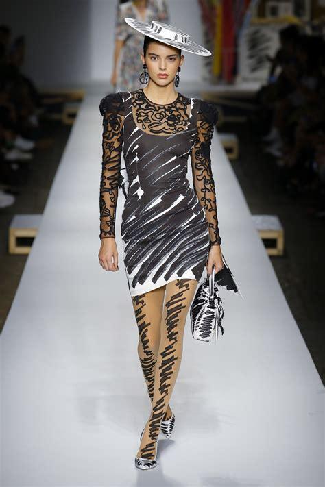 milan fashion week springsummer  moschino onobellocom