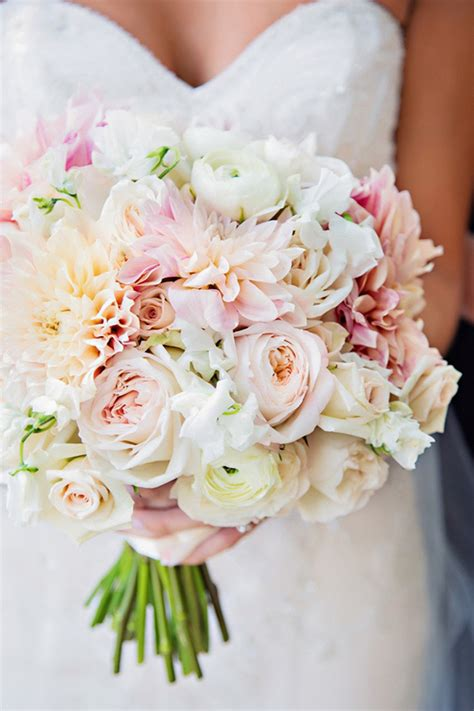 wedding flower arrangements photos 25 stunning wedding bouquets best of 2012 the