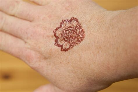 henna tattoo how to remove how to remove henna ink livestrong