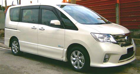 kkday only peak season wa class 8 seater car rental