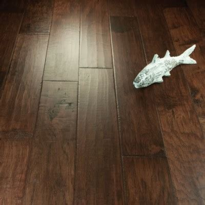 "1/2"" x 7"" Prefinished Engineered Hickory Sagebrush Flooring"
