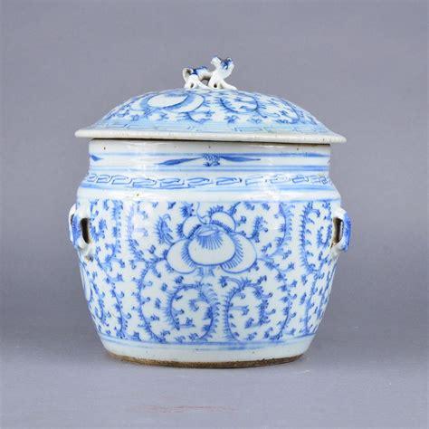 blue ginger jars chinese blue white ginger jar jian ding seal