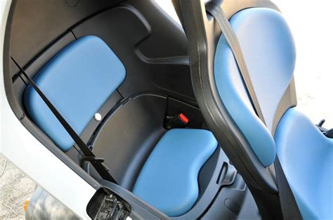 renault twizy interior renault twizy review 2017 autocar