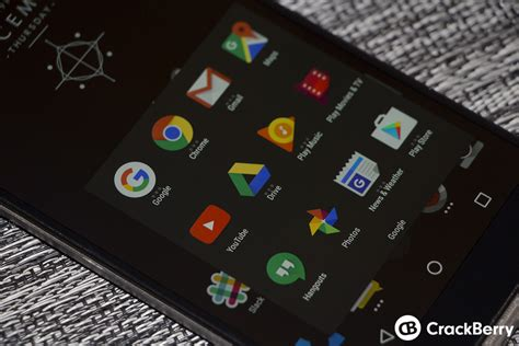 themes blackberry priv how to enable dark theme on the blackberry launcher