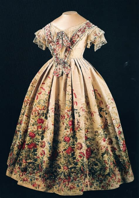 Victory Dress 1855 dress worn by during visit to