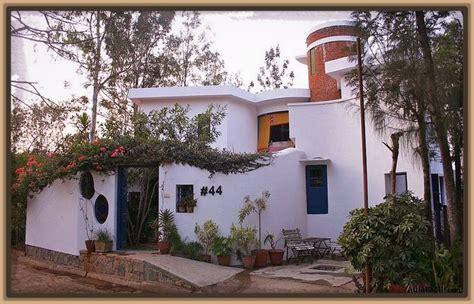 decorar fachadas con plantas fachadas de casas peque 241 as de 2 plantas archivos