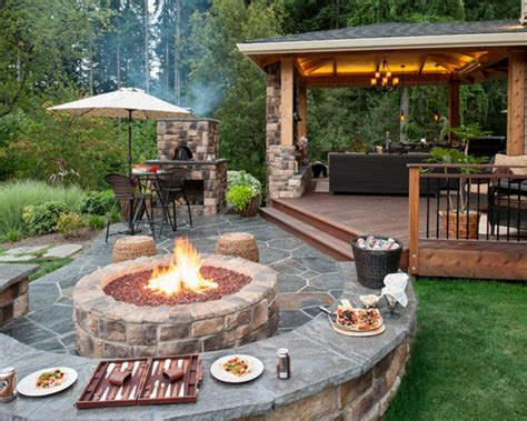 Upgrade Your Backyard With An Outdoor Kitchen Backyard Pits Designs