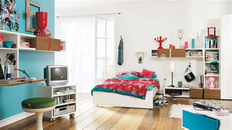 Bedroom Neutral Colors - color psychology of a teenager s bedroom how to furnish