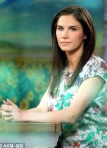 to kiss daniel br hl on amanda knox movie set daily mail online