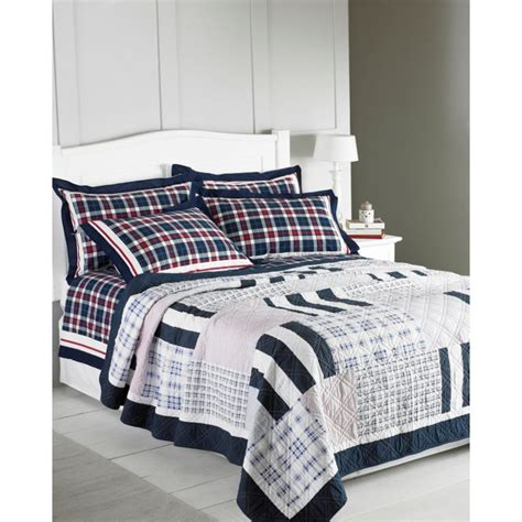 Patchwork Bedspreads Uk - riva paoletti nantucket navy patchwork quilted bedspread