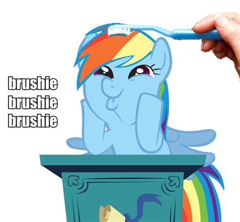 Rainbow Face Meme - why wub woo dashface know your meme