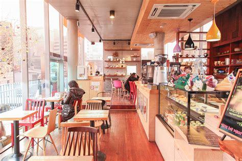 cafe interior design tumblr poop cafe in korea sweetandtastytv