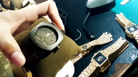 Jam Tangan Kayu Rantai Kayu yuk intip proses pembuatan jam tangan kayu matoa yang lagi trend tribun