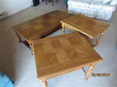 wooden coffee table and matching end tables saanich