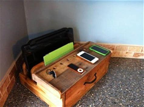 diy wood charging station diy pallet charging docking station pallet furniture diy