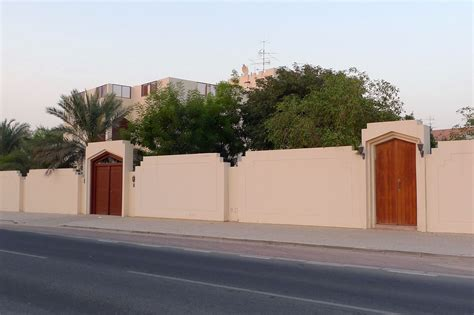boundary walls for front of the house studio design