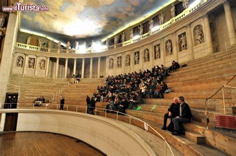 Info Vicenza anche la platea de teatro cattura i visitatori foto