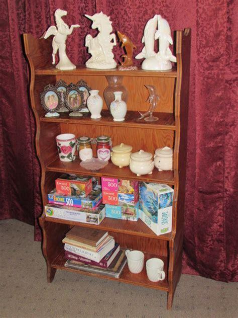 bookshelf knick knacks 28 images knick knack shelf