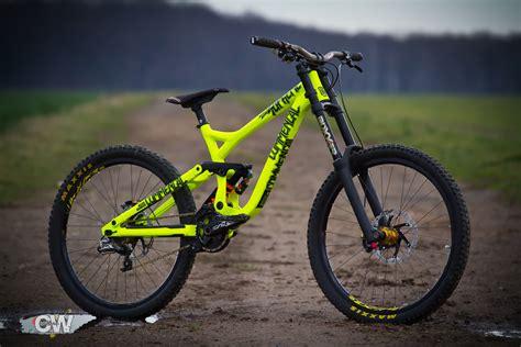 commencal supreme dh v3 commencal supreme dh v3 2015 suechtiger s bike check